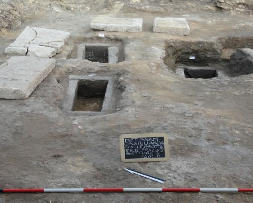 8. Le Grotte, Castellaneta (Province of Taranto): group of children's graves found in Sector 3.